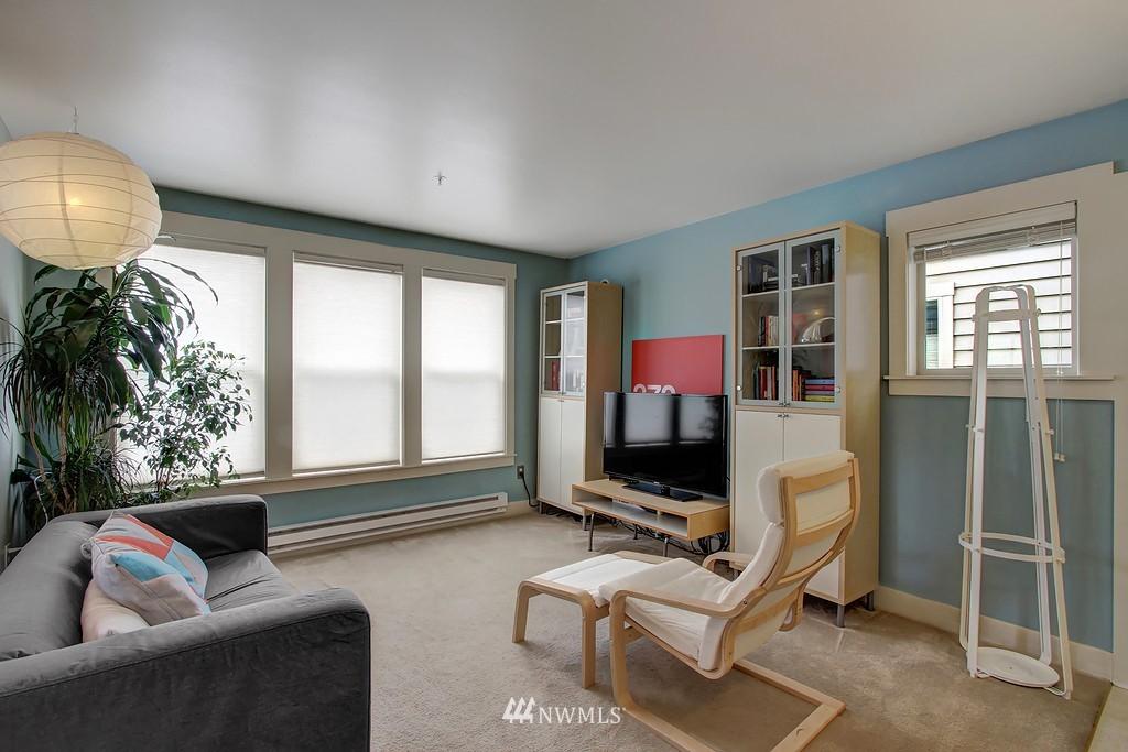 Sold Property | 103 23rd Avenue #A Seattle, WA 98122 3