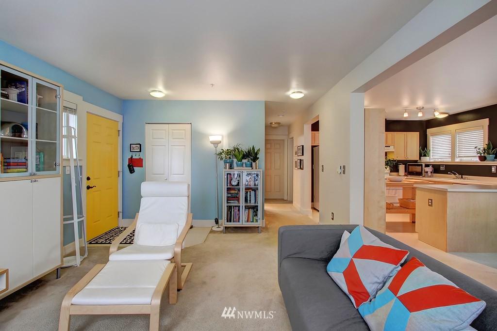 Sold Property | 103 23rd Avenue #A Seattle, WA 98122 4