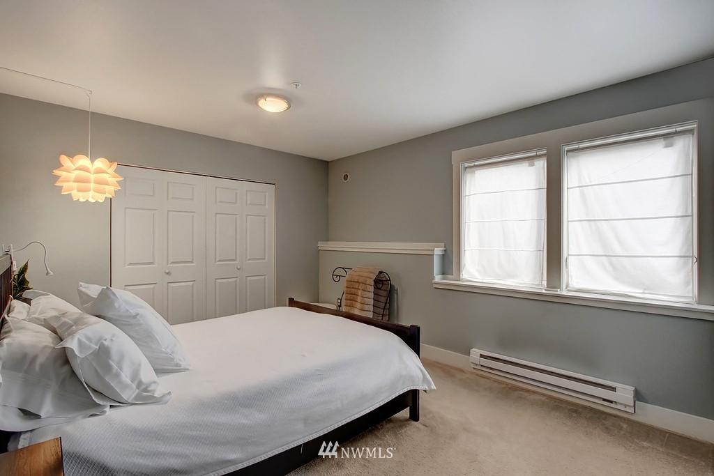 Sold Property | 103 23rd Avenue #A Seattle, WA 98122 11