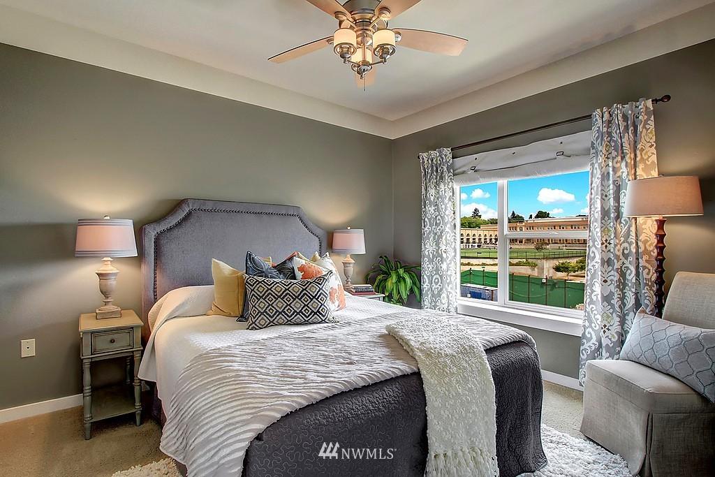 Sold Property | 1026 NE 65th #517 Seattle, WA 98115 5