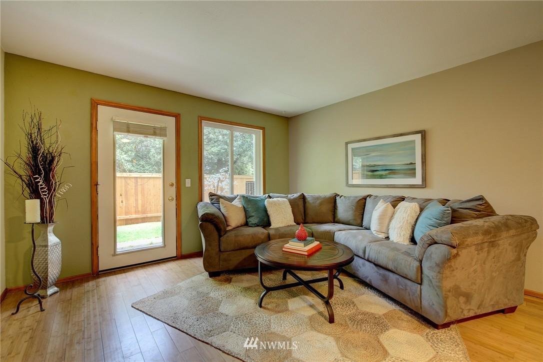 Sold Property | 5844 NE 75th Street #A102 Seattle, WA 98115 1