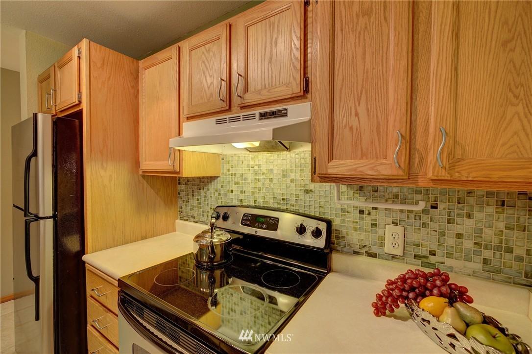 Sold Property | 5844 NE 75th Street #A102 Seattle, WA 98115 5