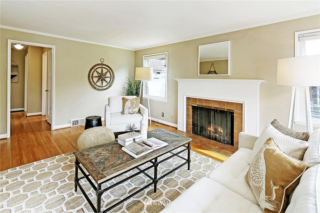 Sold Property | 6846 24th Avenue NE Seattle, WA 98115 2