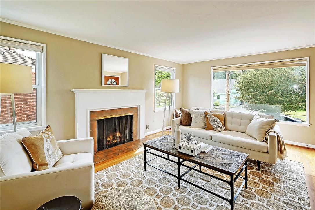 Sold Property | 6846 24th Avenue NE Seattle, WA 98115 6