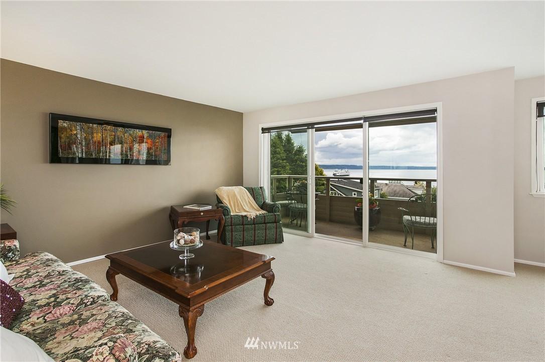 Sold Property | 300 2nd Avenue N #3E Edmonds, WA 98020 2