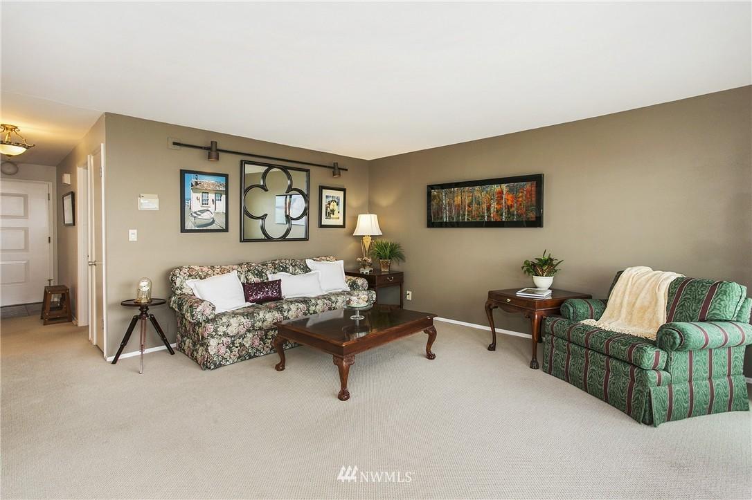 Sold Property | 300 2nd Avenue N #3E Edmonds, WA 98020 3