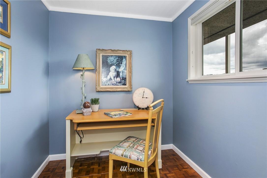 Sold Property | 300 2nd Avenue N #3E Edmonds, WA 98020 8
