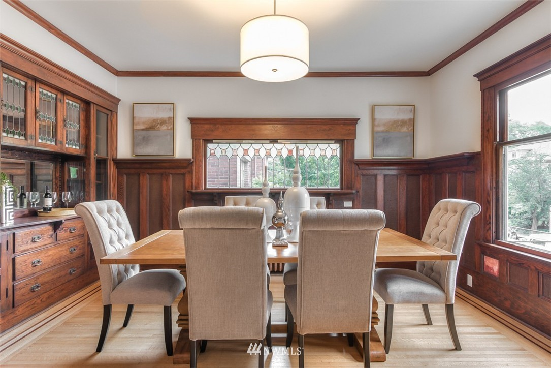 Sold Property   607 Malden Avenue E Seattle, WA 98112 6