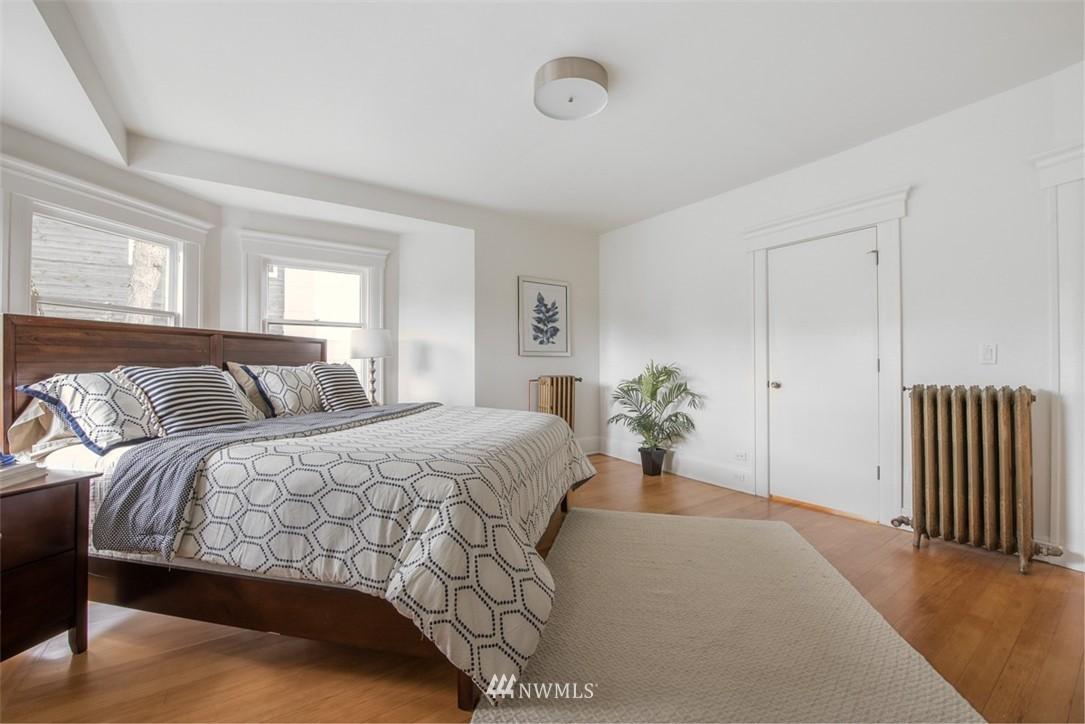 Sold Property   607 Malden Avenue E Seattle, WA 98112 12