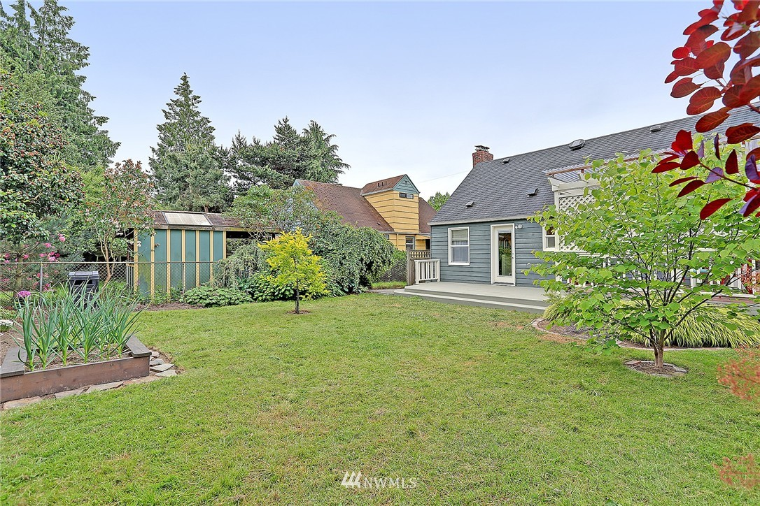 Sold Property | 7336 16th Avenue NW Seattle, WA 98117 2