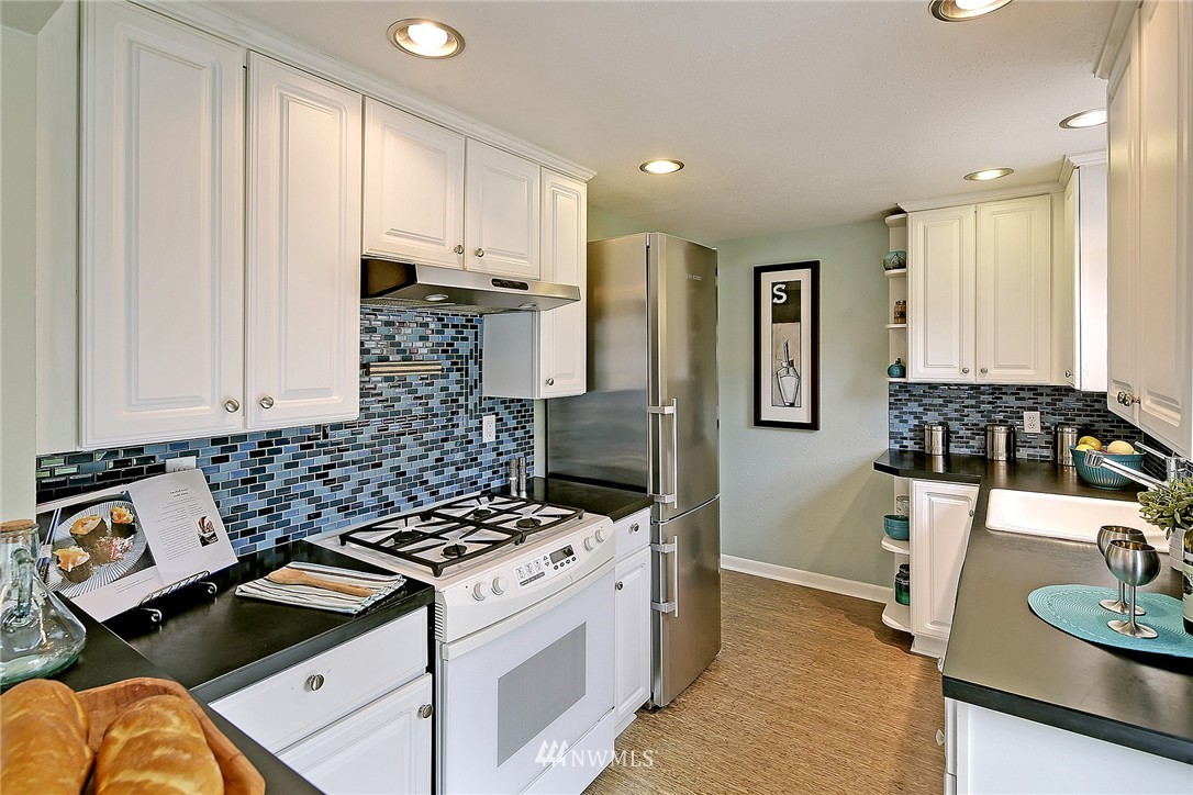 Sold Property | 7336 16th Avenue NW Seattle, WA 98117 8