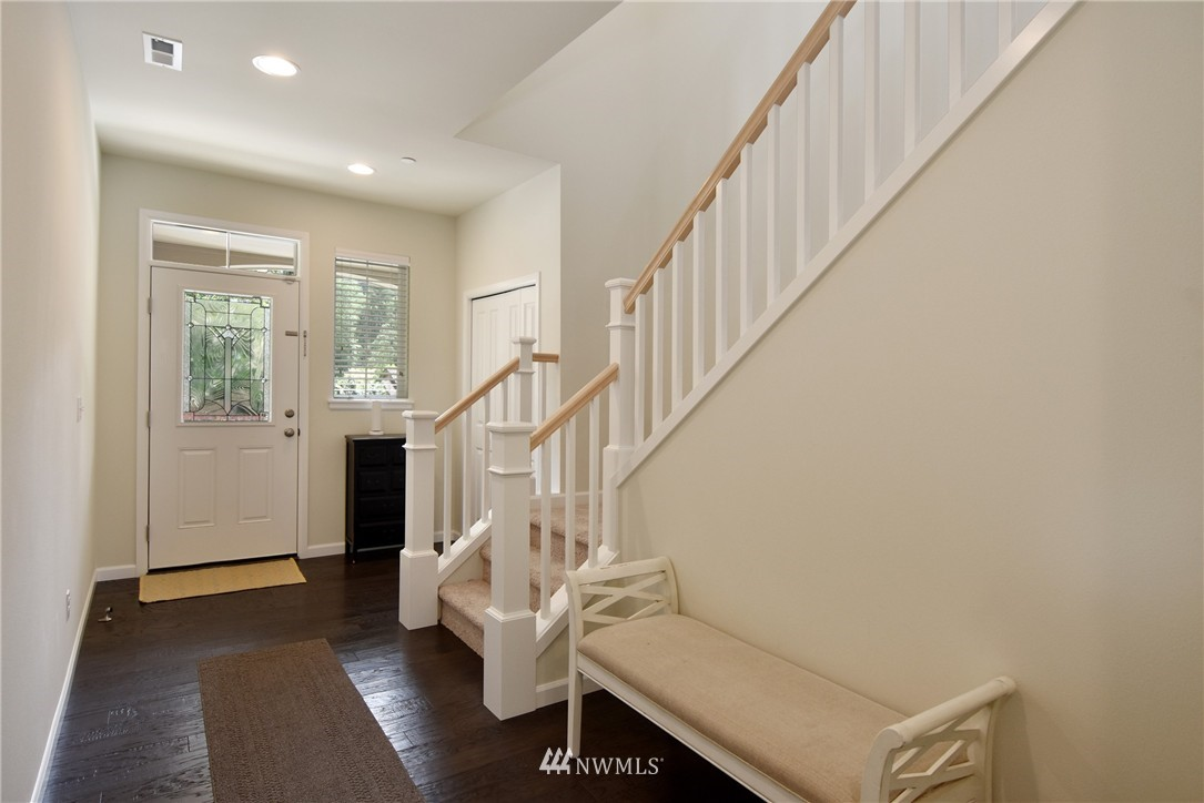 Sold Property | 7522 NE 166th Street Kenmore, WA 98028 2