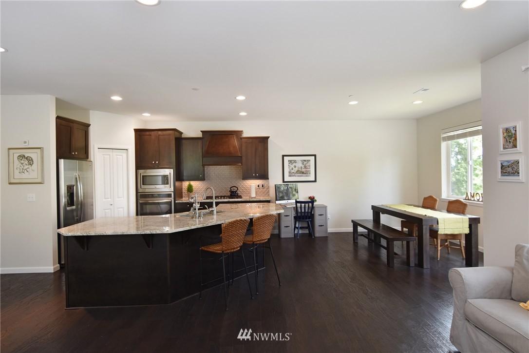Sold Property | 7522 NE 166th Street Kenmore, WA 98028 5
