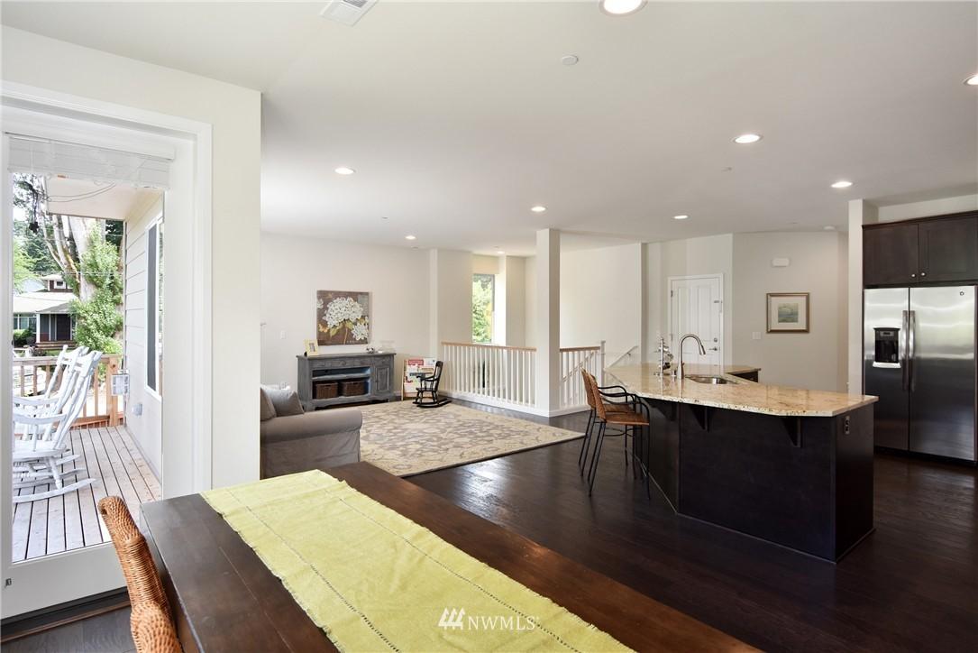 Sold Property | 7522 NE 166th Street Kenmore, WA 98028 6