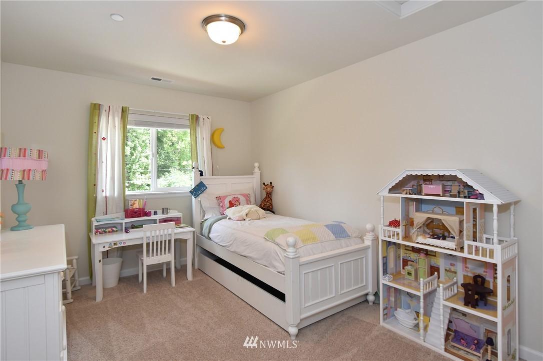 Sold Property | 7522 NE 166th Street Kenmore, WA 98028 10