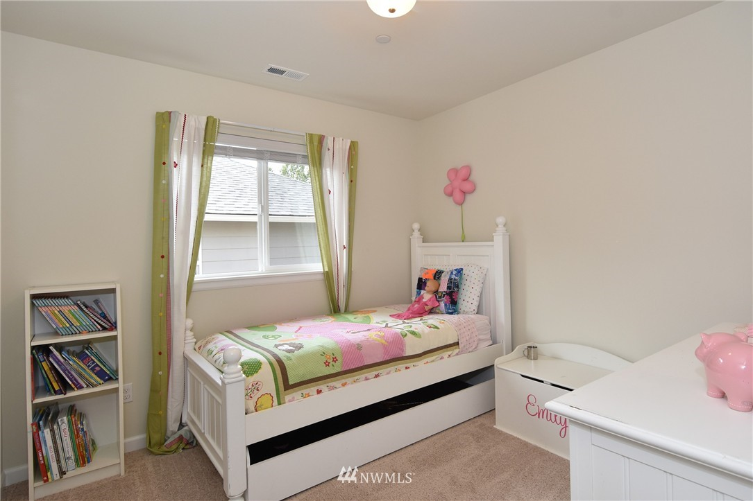 Sold Property | 7522 NE 166th Street Kenmore, WA 98028 11
