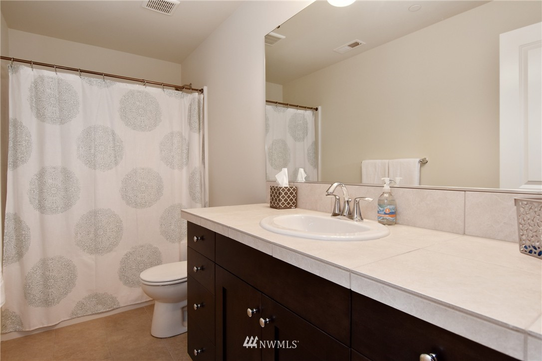 Sold Property | 7522 NE 166th Street Kenmore, WA 98028 15