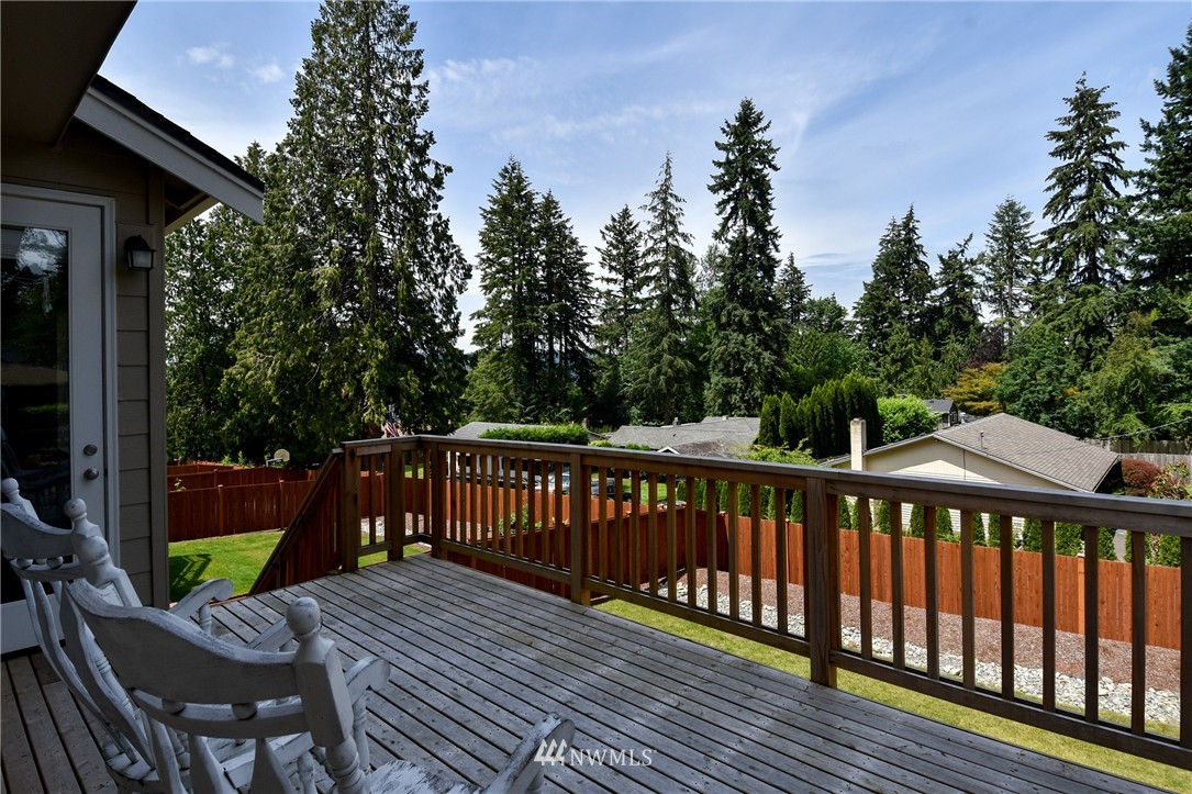 Sold Property | 7522 NE 166th Street Kenmore, WA 98028 16