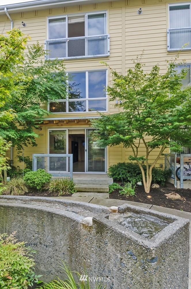 Sold Property | 1724 SW Barton Street Seattle, WA 98106 17
