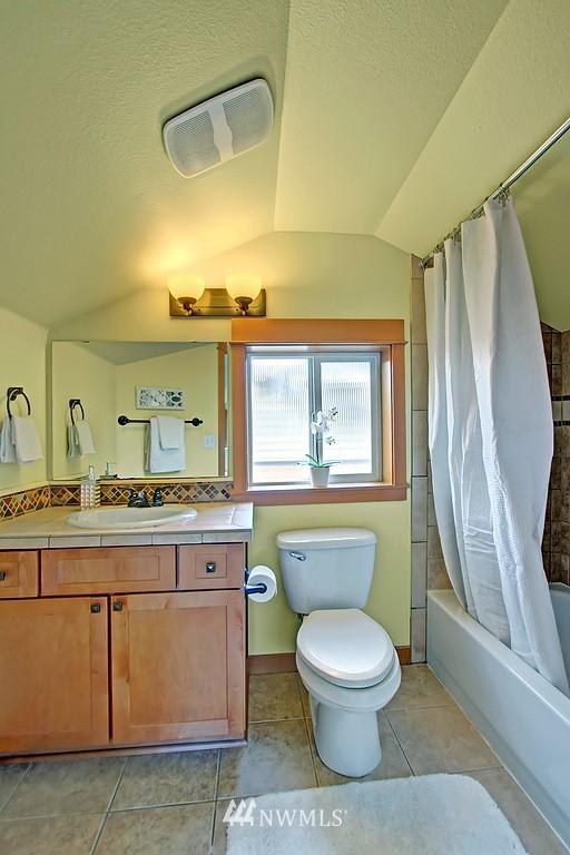 Sold Property | 5008 12th Avenue NE #C Seattle, WA 98105 15