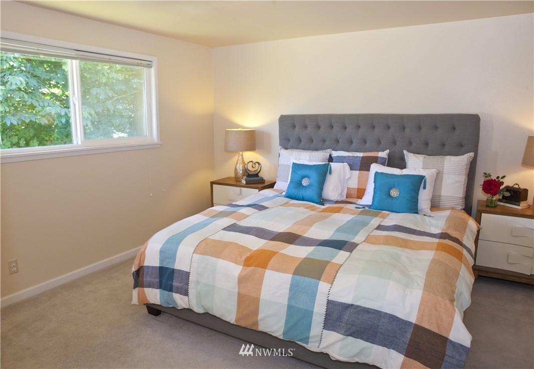Sold Property   20311 92nd Avenue W Edmonds, WA 98020 8