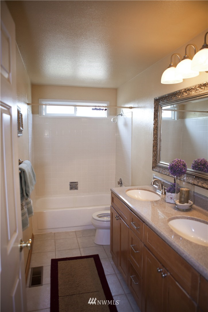 Sold Property   20311 92nd Avenue W Edmonds, WA 98020 10
