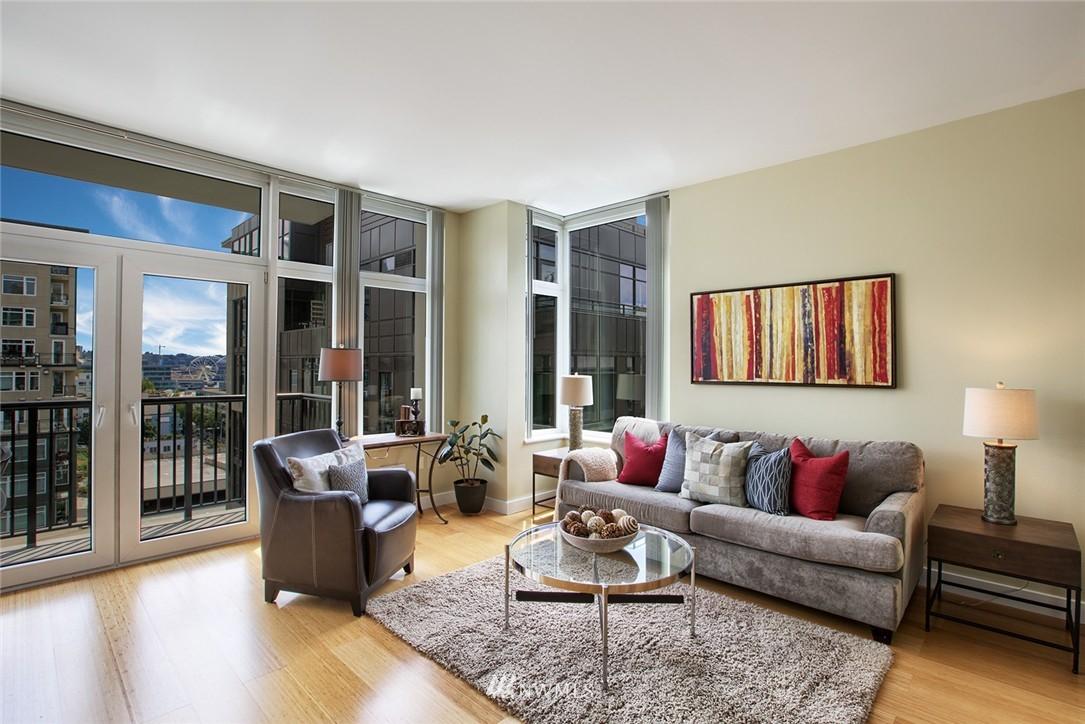 Sold Property | 2717 Western Avenue #9012 Seattle, WA 98121 3