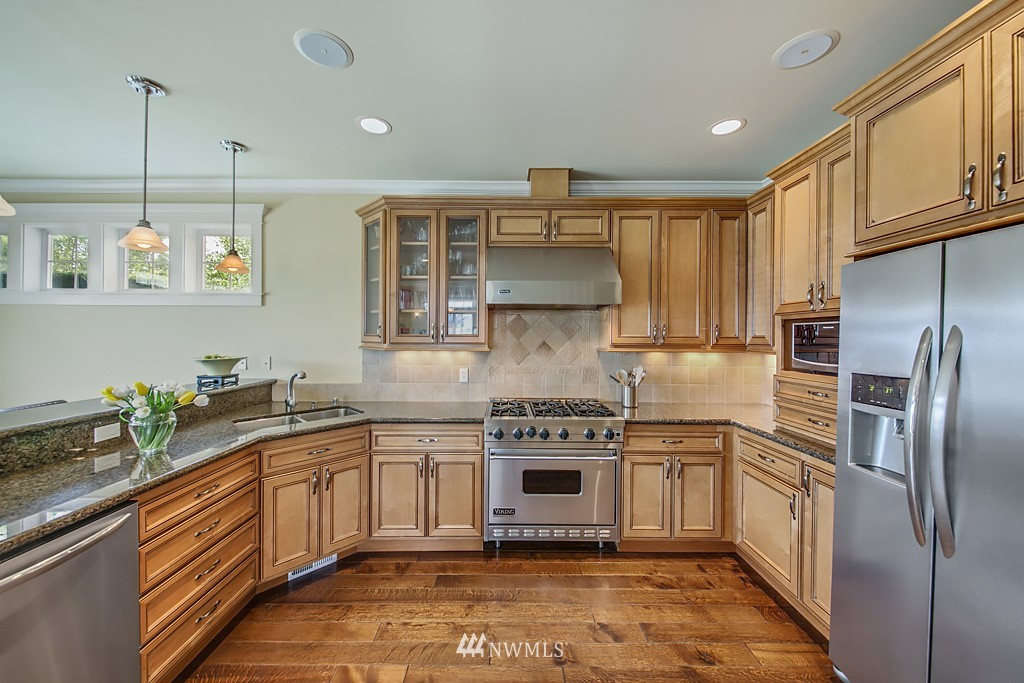 Sold Property   5223 S Hudson Street Seattle, WA 98118 3