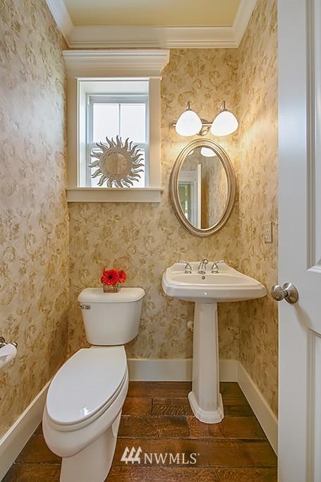 Sold Property   5223 S Hudson Street Seattle, WA 98118 10