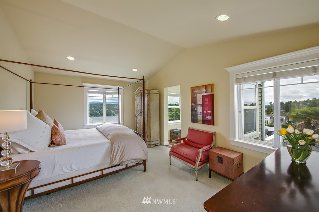 Sold Property   5223 S Hudson Street Seattle, WA 98118 11