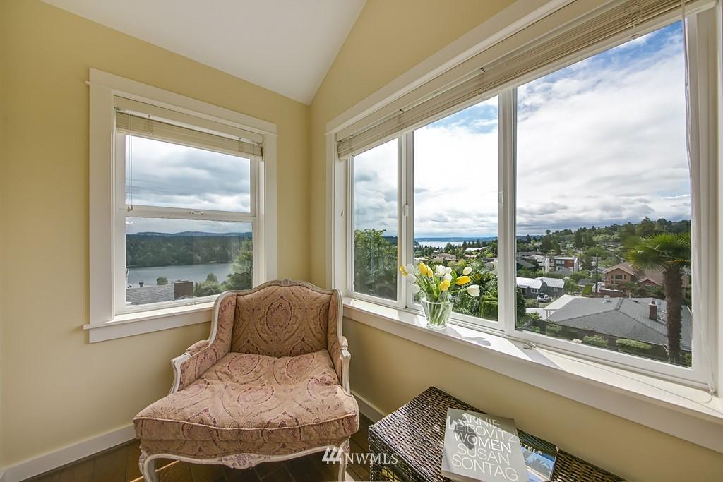 Sold Property   5223 S Hudson Street Seattle, WA 98118 12