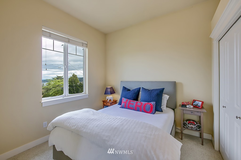 Sold Property   5223 S Hudson Street Seattle, WA 98118 17