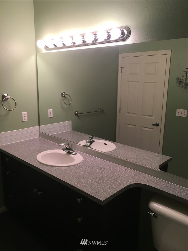 Sold Property   18 Dravus Street #203 Seattle, WA 98109 9