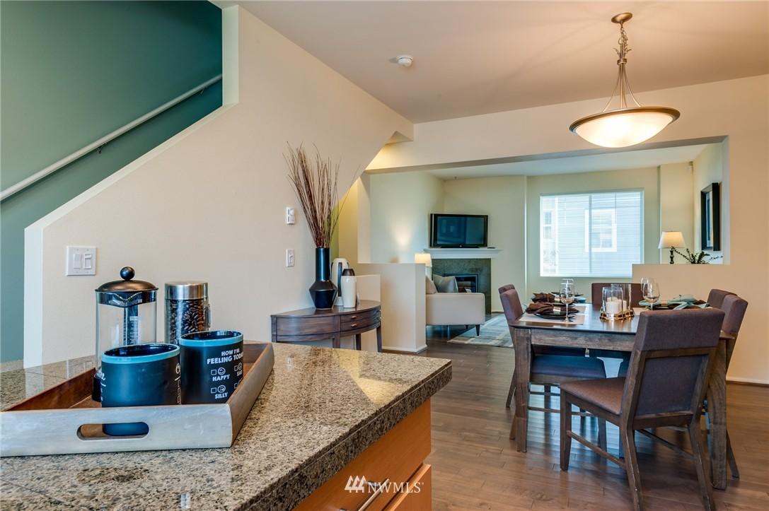 Sold Property | 2817 SW Morgan Street Seattle, WA 98126 5