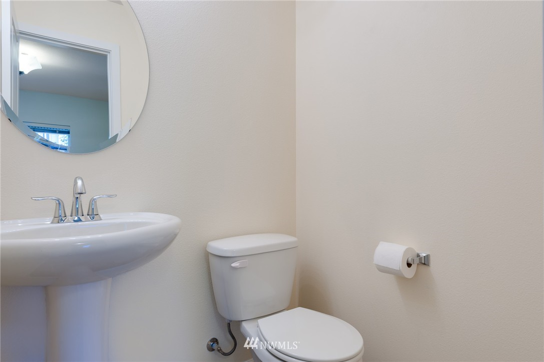 Sold Property | 2817 SW Morgan Street Seattle, WA 98126 16
