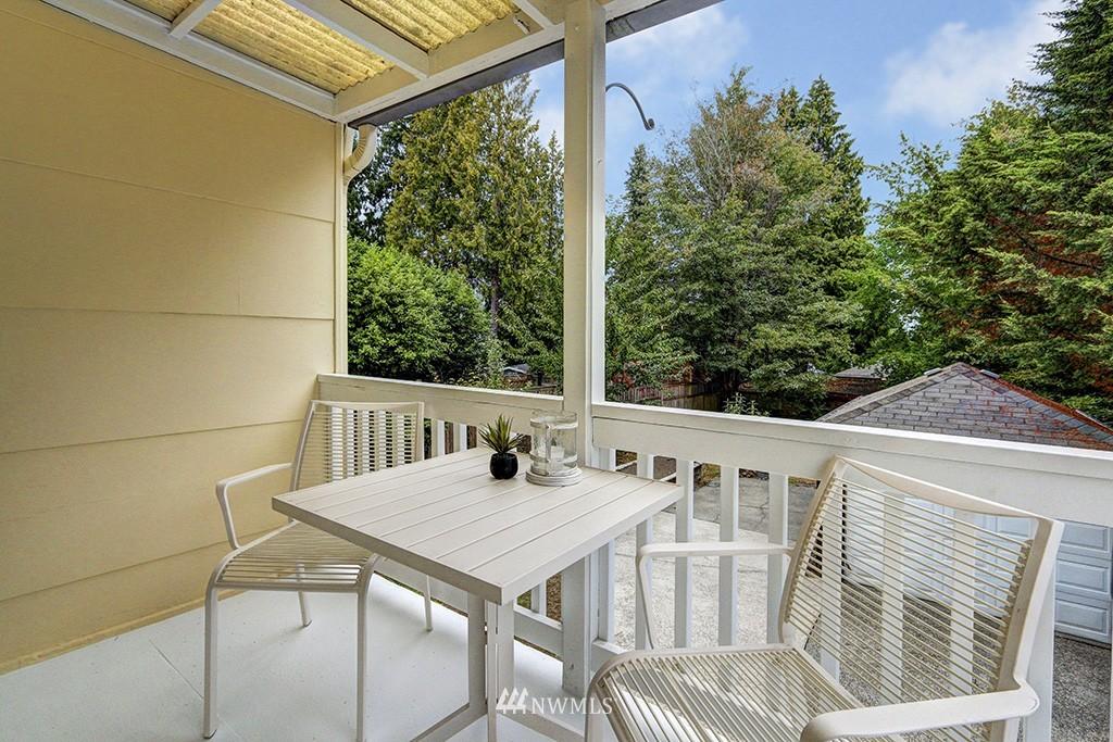 Sold Property | 1036 NE 102nd Street Seattle, WA 98125 3
