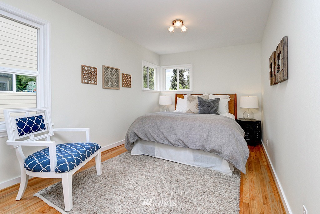Sold Property | 1036 NE 102nd Street Seattle, WA 98125 7