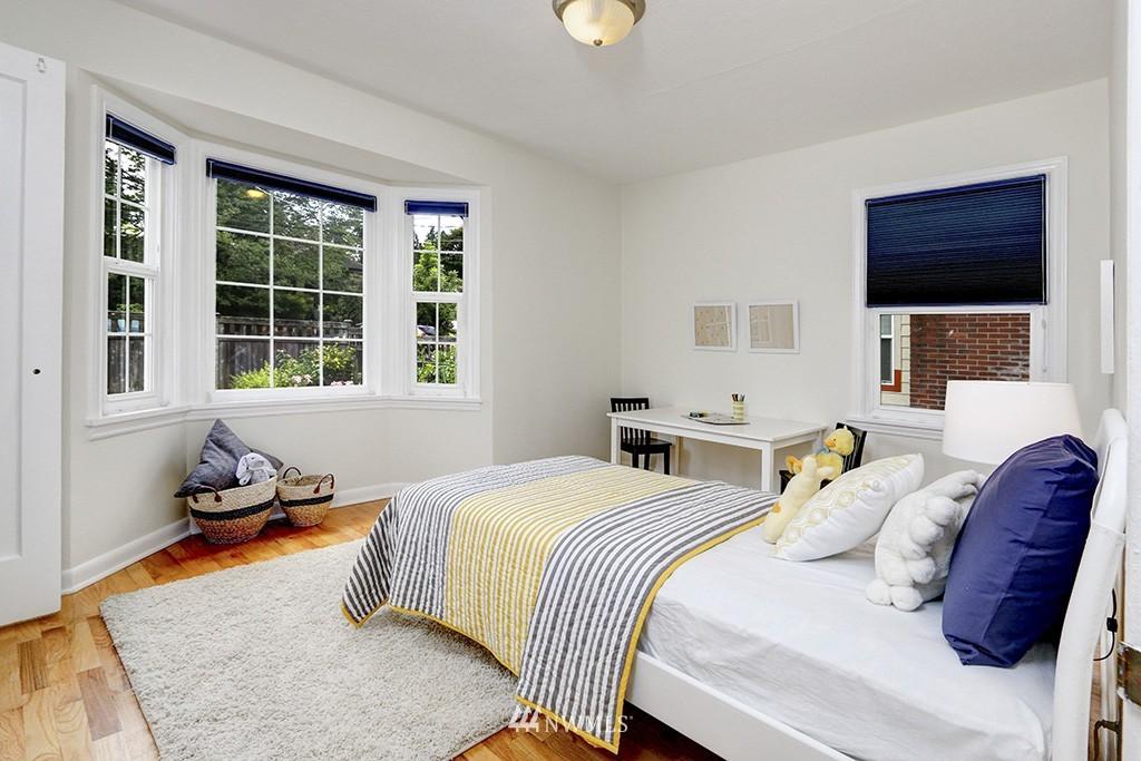 Sold Property | 1036 NE 102nd Street Seattle, WA 98125 8
