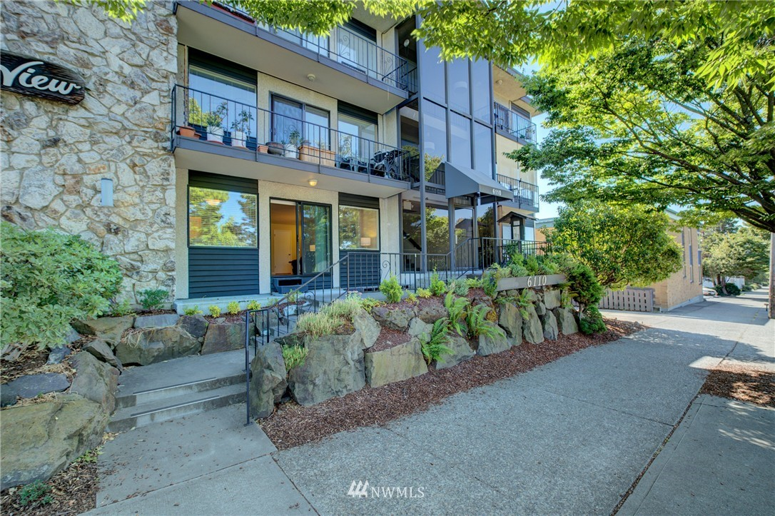 Sold Property | 6110 24th Avenue NW #106 Seattle, WA 98107 16
