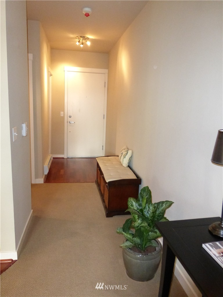 Sold Property | 190 Harbor Square Loop NE #C-230 Bainbridge Island, WA 98110 11