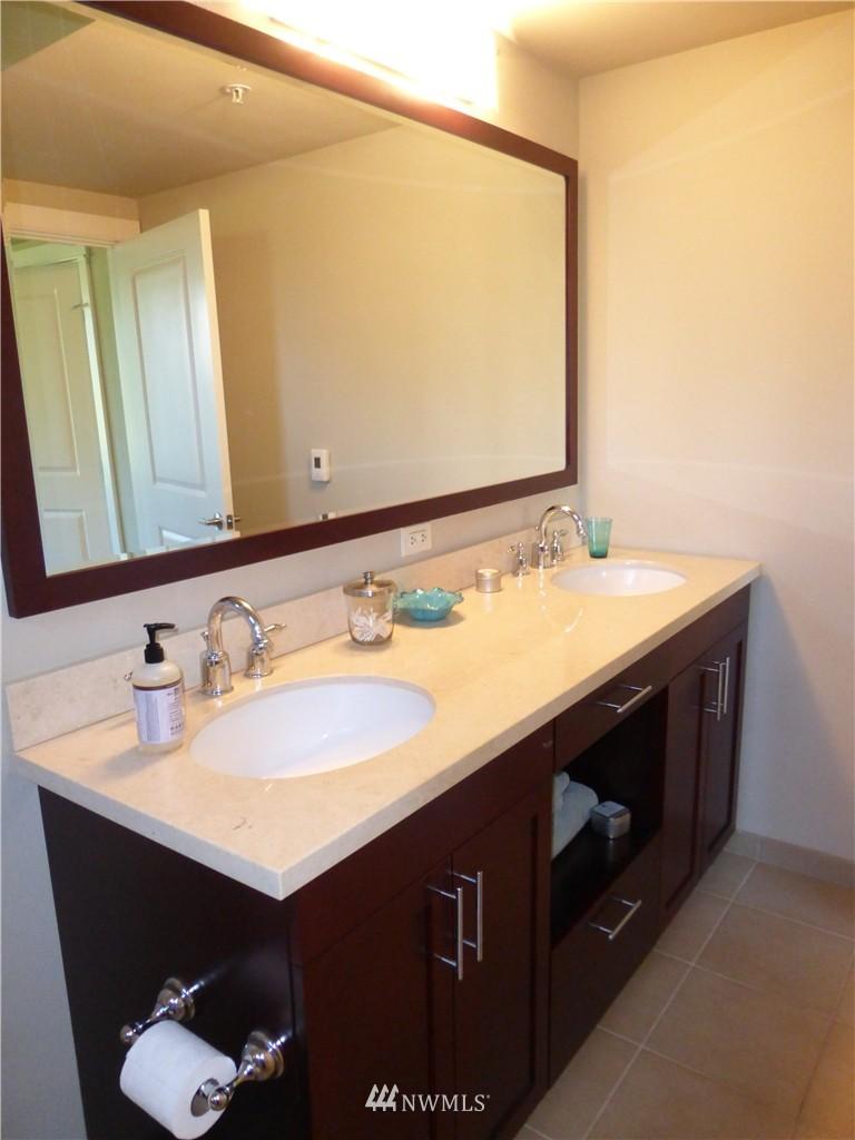 Sold Property | 190 Harbor Square Loop NE #C-230 Bainbridge Island, WA 98110 14