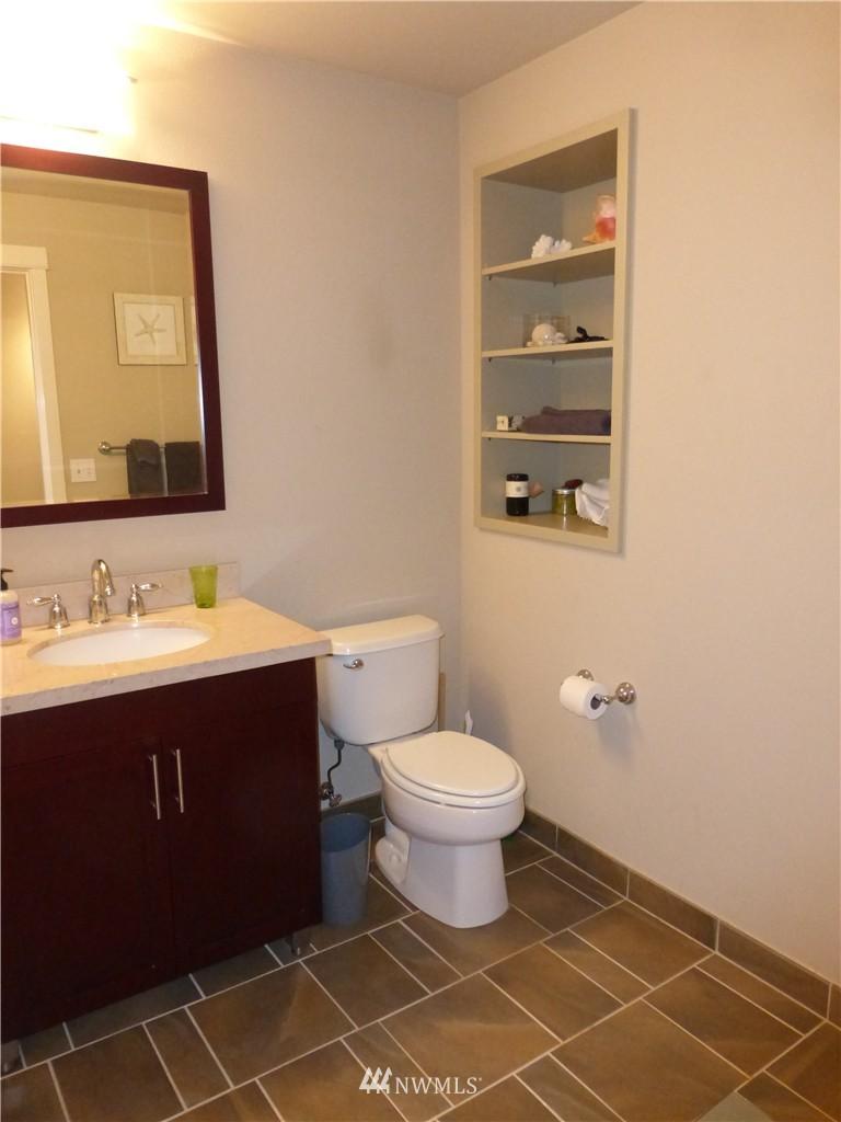 Sold Property | 190 Harbor Square Loop NE #C-230 Bainbridge Island, WA 98110 20