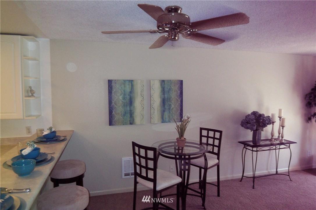 Sold Property | 5844 NE 75th Street #C105 Seattle, WA 98115 2
