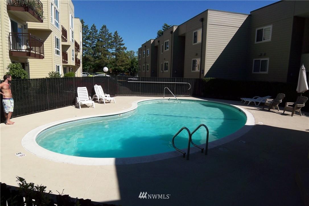 Sold Property | 5844 NE 75th Street #C105 Seattle, WA 98115 16