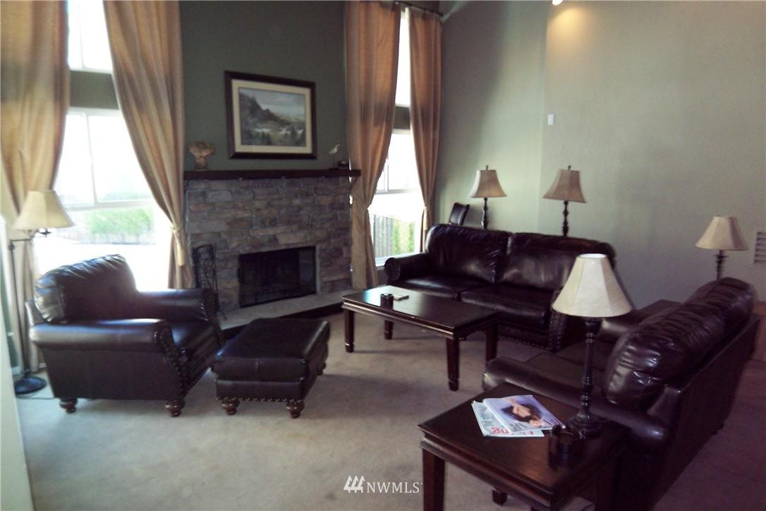 Sold Property | 5844 NE 75th Street #C105 Seattle, WA 98115 17