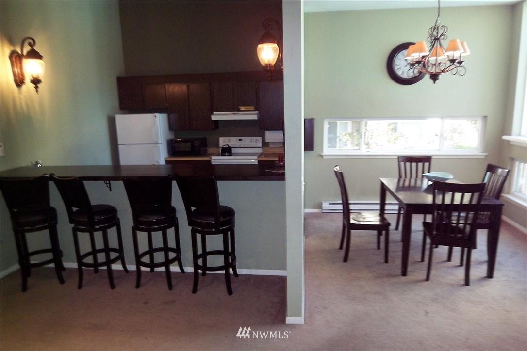 Sold Property | 5844 NE 75th Street #C105 Seattle, WA 98115 18
