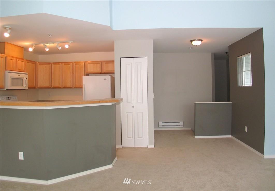 Sold Property | 6401 Hazel Avenue SE #B Auburn, WA 98092 3