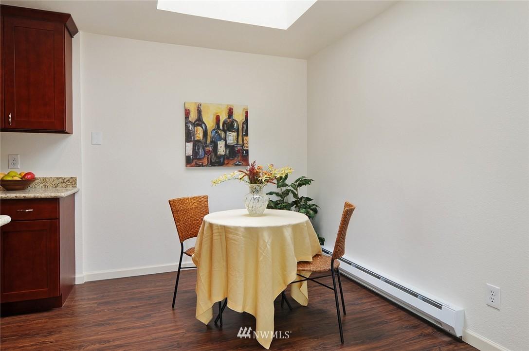 Sold Property | 11556 Greenwood Avenue N #304 Seattle, WA 98133 5
