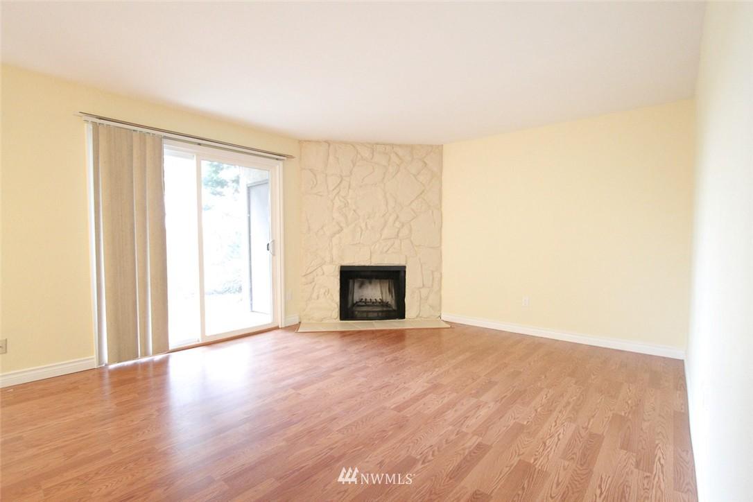 Sold Property | 14510 124th Avenue NE #S14 Kirkland, WA 98034 2
