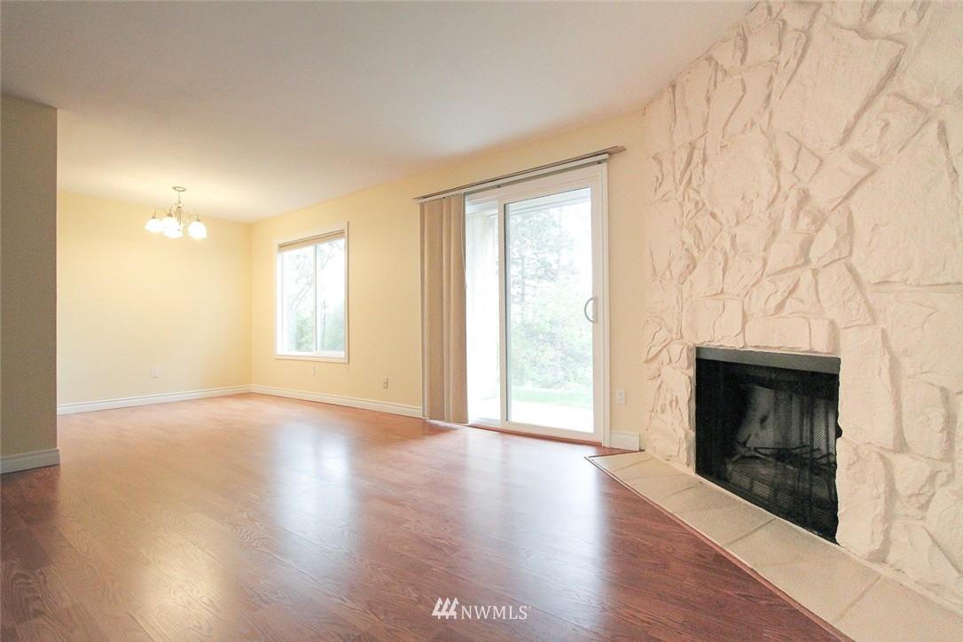 Sold Property | 14510 124th Avenue NE #S14 Kirkland, WA 98034 3